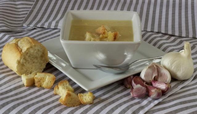 Receta de sopa de Ajo: recetas clásicas